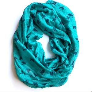 { Icing } Turtle Infinity Scarf